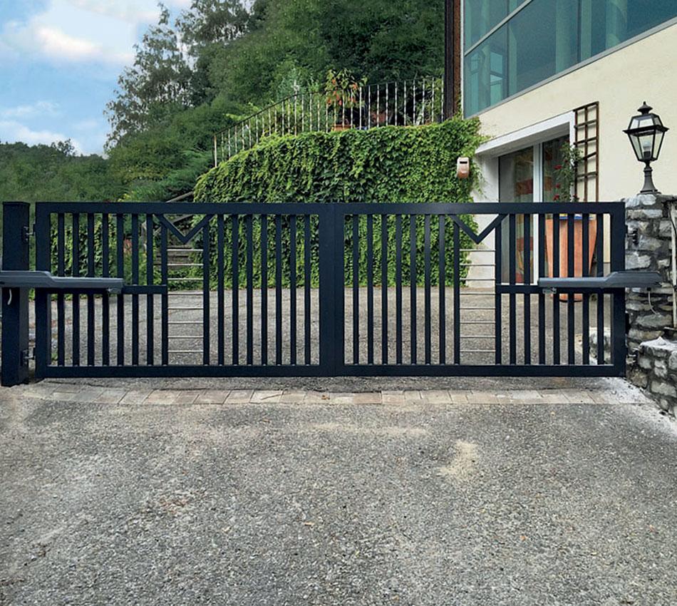 Swing Gates - Ram